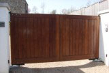 Horizontal/ flat Top Teak entrance Gate.